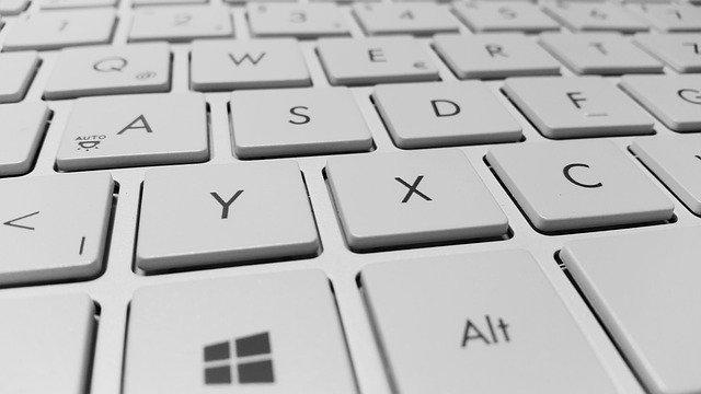 How to clean Alcantara keyboard